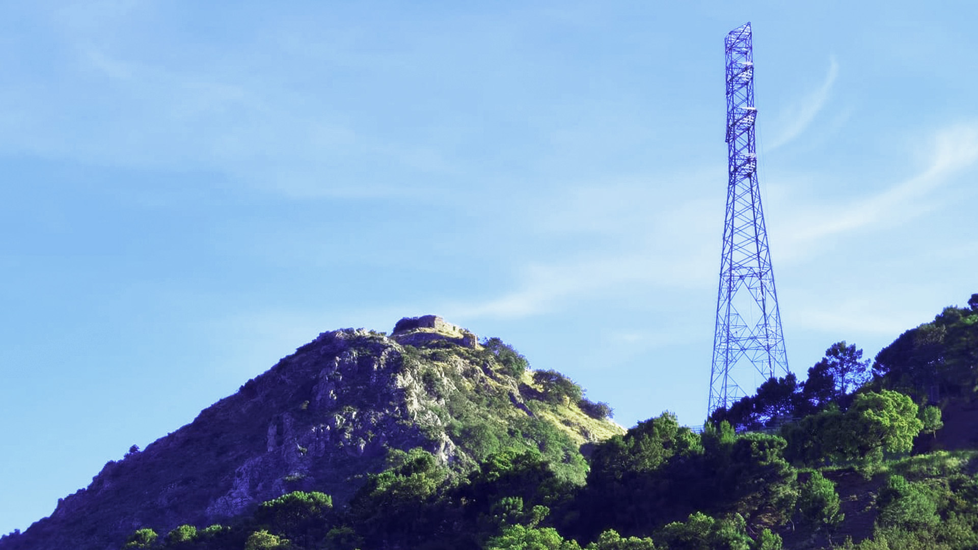 La Fiscalía abre diligencias contra la línea de alta tensión de Montemayor en Benahavís